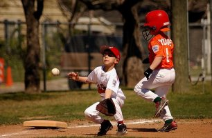 baseball-1602108__340.jpg